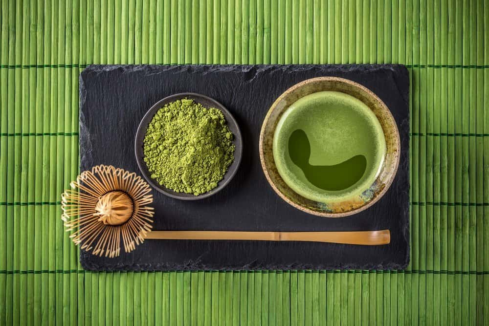 Japanese tea ceremony setting, Matcha green tea - Organifi Green Drink Review