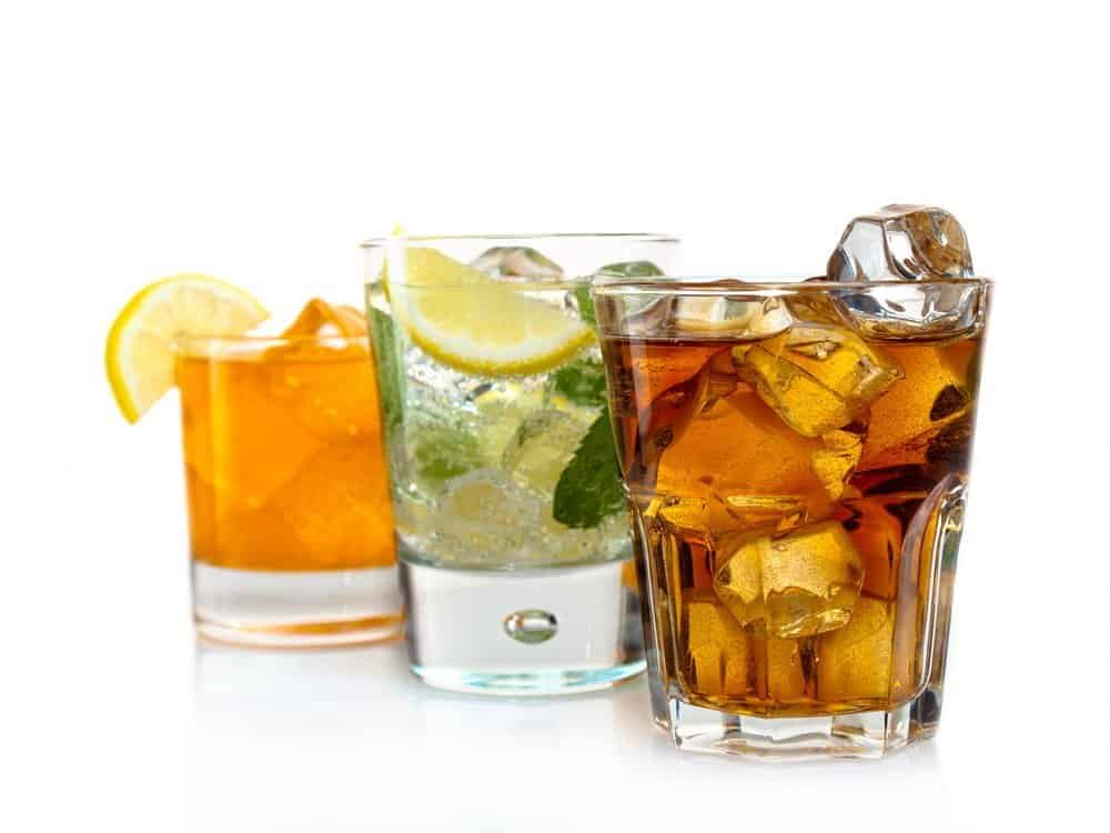 Three alcoholic and alcohol-free cocktails - A Natural Way to Detox Your Body