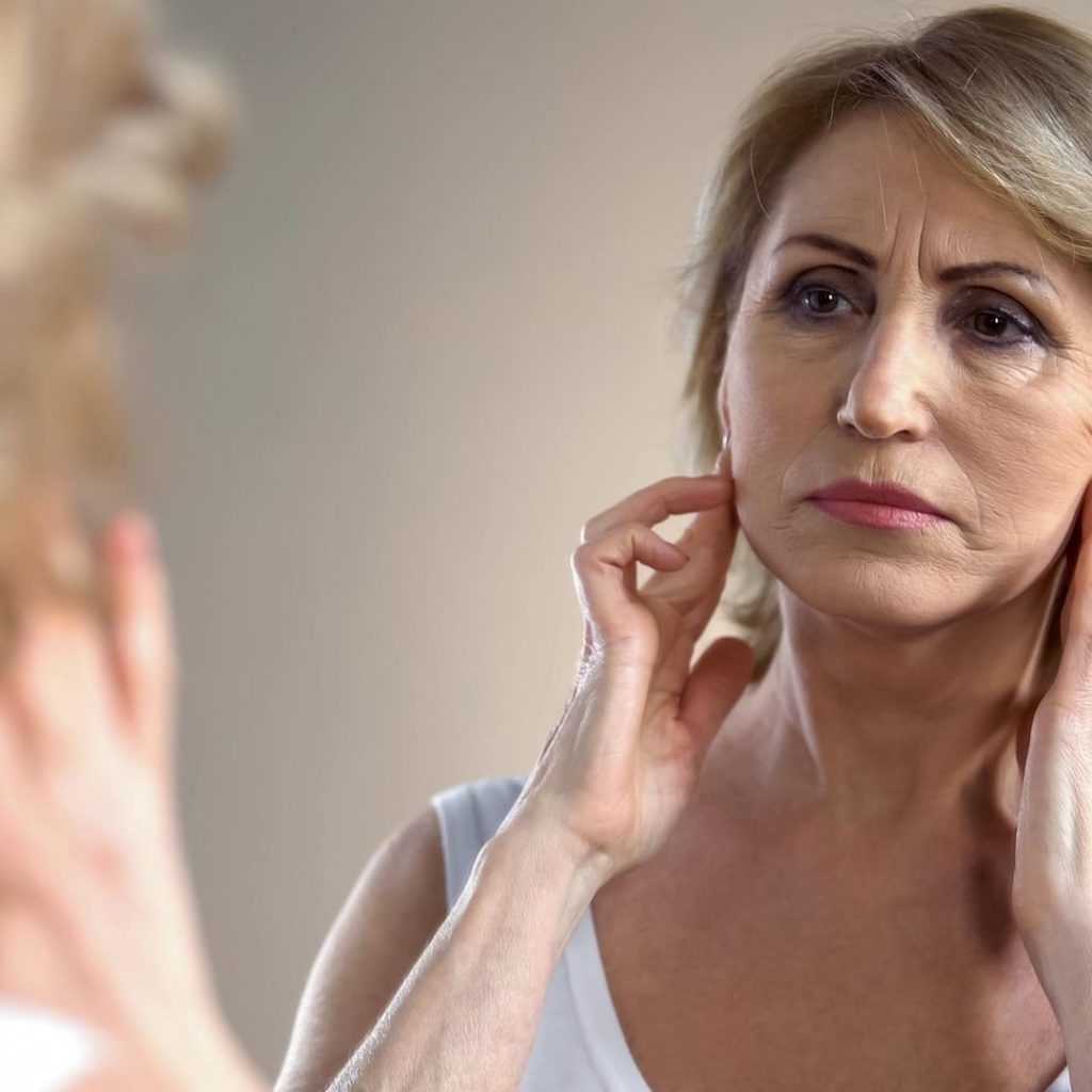 How does your face age and how can we Reverse Skin Aging?