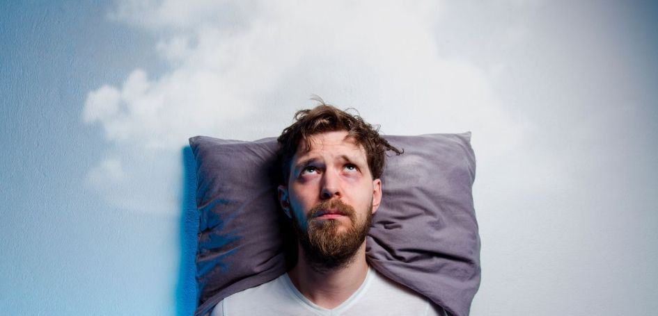 You are not getting enough sleep is one the 10 reasons why you can't lose weight