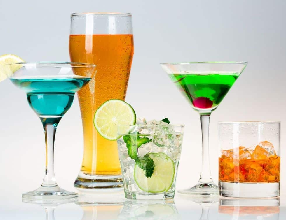 Foods to avoid to lose weight faster - Alcohol
