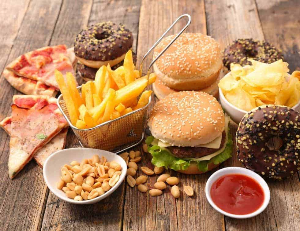 Foods to avoid to lose weight faster - Junk Foods