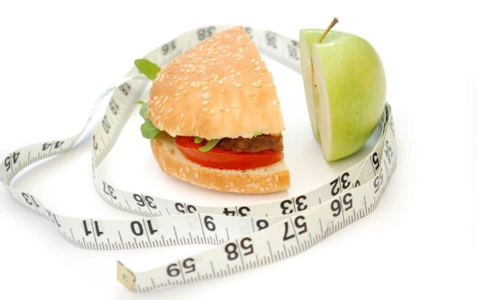 A caloric restriction leads to a decrease in caloric expenditure