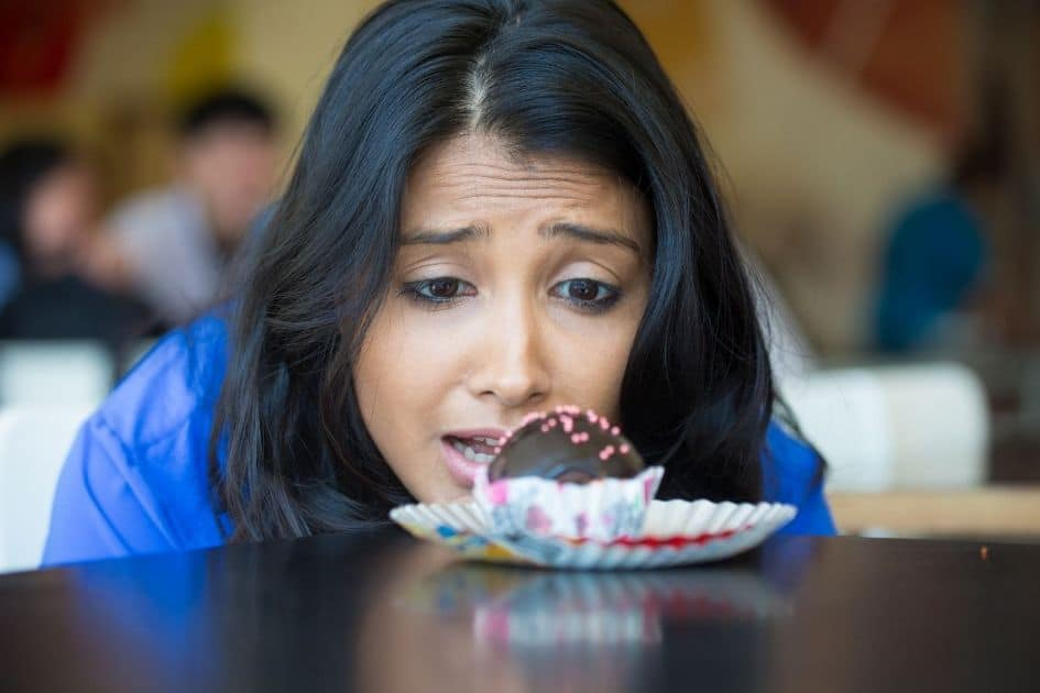 What is Emotional Eating and How to control emotional eating and stop cravings